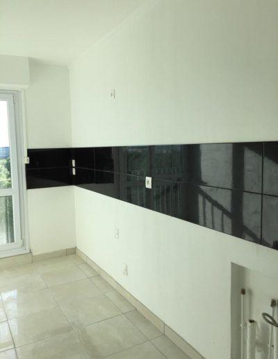 rénovation-complète-cuisine-évier-carrelage-plomberie-robinet-après