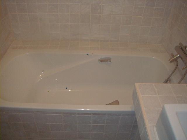 rénovation-salledebain-salle-de-bain-rénosavtion-plomberie-électricité